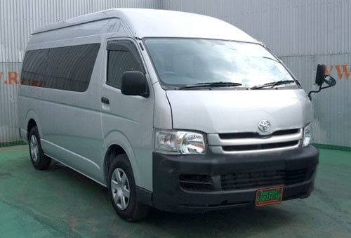 sewa mobil changi airport bus transfer hiace