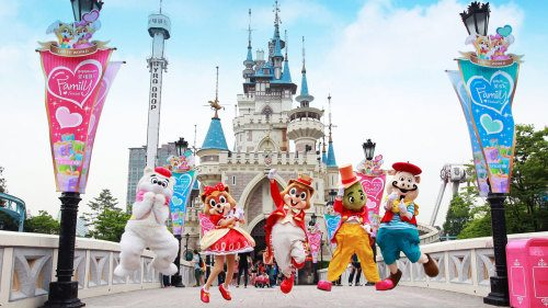 Hasil gambar untuk Lotte World, Korea Selatan