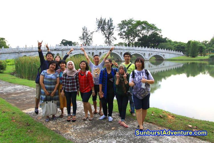 Sunburst Paket Tour travel Adventure dan Tiket wisata